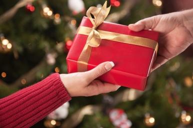 shutterstock_44220724-Gift+Exchange